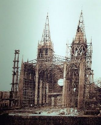 San Sebastian Church (Manila) - The basilica under construction in 1890.