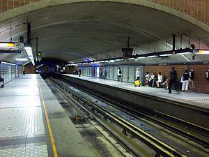 Saint-Michel station (Montreal Metro) - Image: Station metro Saint Michel Montreal