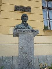 Bust of Tomáš Garrigue Masaryk
