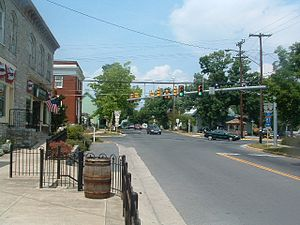 Stephens City, Virginia - Image: Stephens City Route 11 277 Xing