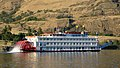 Sternwheeler Queen of the West on the Columbia River, 2006.jpg