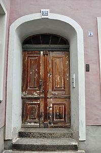 Stralsund, Fährstraße 32, Tür (2012-03-11), by Klugschnacker in Wikipedia.jpg