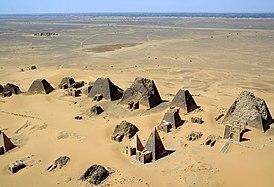 Sudan Meroe Pyramids 2001.JPG