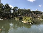 Takueichi Pond in Shukkei Garden 20.jpg
