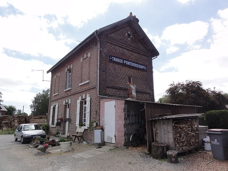 Tavaux-et-Pontséricourt (Aisne) ancienne gare
