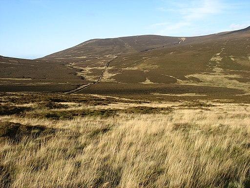 The Cumbria Way near Skiddaw House (geograph 2699379)