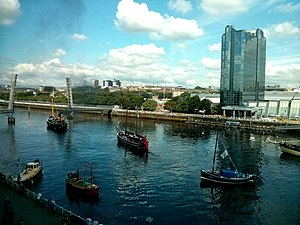 Pacific Quay - The final few boats departing Pacific Quay in Glasgow after the Glasgow 2014 flotilla