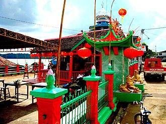 Sanggau Regency - Toah Pek Kong at riverside