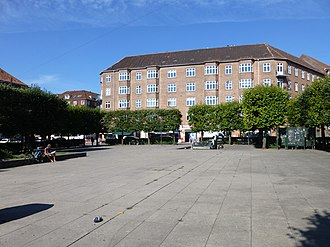 Toftegårds Plads - Toftegårds Plads: The section located on the north side of Vigerslev Allé