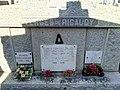 Tombe d'Emmanuel Vergès de Ricaudy.jpg