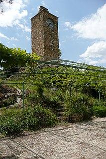Puyméras Commune in Provence-Alpes-Côte dAzur, France