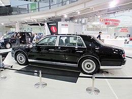 Toyota Century SIDE.jpg