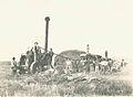 Trilla en el valle del Chubut ca.1900.jpg