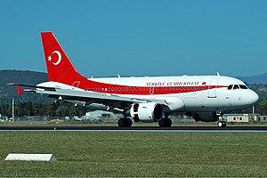 Turkish Air Force Airbus A319-115(CJ) CBR Gilbert-1.jpg