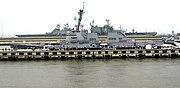 USS Nitze DDG-94 050305-N-3527B-001 crop