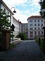 Výjezd do Kolejní, Masarykova kolej, Praha-Dejvice, Česko - 20110622.jpg