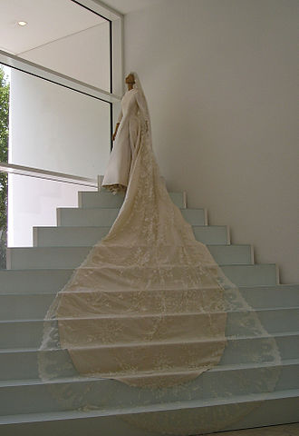 Valentino (fashion designer) - A wedding dress by Valentino