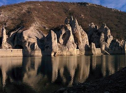 Varna Province - Dalgopol Municipality - Zhrebchevo Dam - Chudnite skali (1).jpg