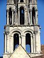 Vernouillet (78), église Saint-Étienne, clocher, étage de beffroi et lucarnes de la flèche, vue depuis le sud.jpg
