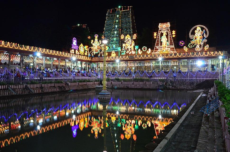 View of Golden lotus well (pottramarai kulam) on Festival of Lights - Navarathri 01