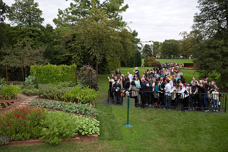 File:Visitors view the Kitchen Garden during the White House Fall Garden Tour, 2012.jpg