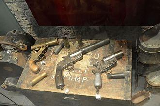 Forte Tre Sassi - WWI flare pistols