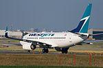 WestJet 737 (6034182240).jpg