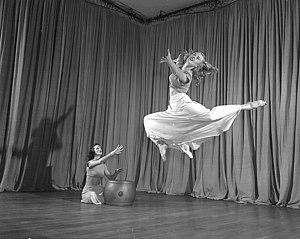 Interpretive dance - Women's interpretive dance class, University of Wisconsin-Madison, 1949