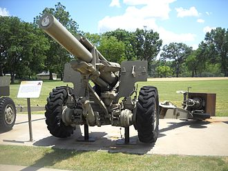 M114 155 mm howitzer - Front view of an XM123 Medium Auxiliary Propelled 155mm Howitzer at the Rock Island Arsenal Museum