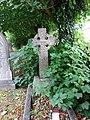 Y Drindod Sanctaidd, Holy Trinity, Rhostyllen 05.jpg