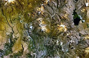 Tutupaca - Tutupaca (upper left), Yucamane (center) and Lake Vilacota (on the right) as seen from above (NASA Landsat7 image)