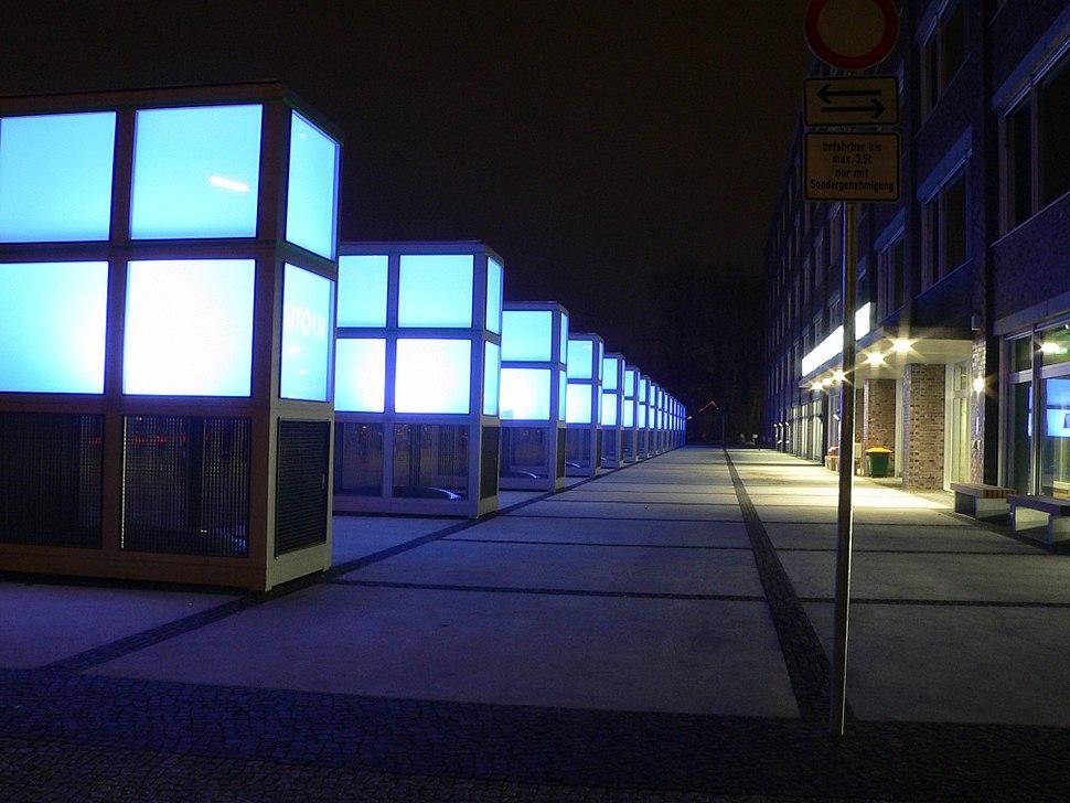 Zentralbibliothek der TU und UDK, n%C3%A4chtliches Lichtspiel