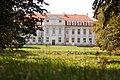 Zespół pałacowy w Wolborzu.jpg