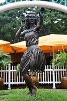 """""""Aloha 'Oe"""" Statue (2853395255).jpg"""