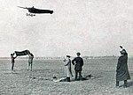 Édouard Nieuport recordman du monde de vitesse aérienne le 11 mai 1911 à Châlons.jpg