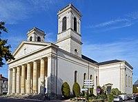 Église Saint-Louis (façade droite) - La Roche-sur-Yon.jpg