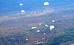 Десантники-резервісти здійснили понад 600 стрибків з парашутом (30014711192).jpg