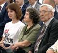 Дочь, мать и отец Николая Луганского на вручени государственной премии .png