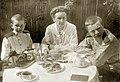 Керберв Борис И Леонид с матерью 1917.jpg