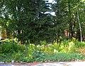 Троице-Сергиева пустынь. Место воинской братской могилы.jpg