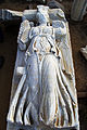 פסל של ניקה אלת הניצחון.JPG