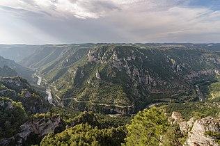 01 Gorges du Tarn Roc des Hourtous.jpg