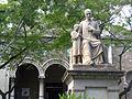 080 Monument al canonge Rodó, de Frederic Marès.jpg