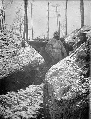 1st Cavalry Brigade (United Kingdom) - Men of the machine gun section of the 11th Hussars in the trenches at Zillebeke during the winter of 1914-1915.