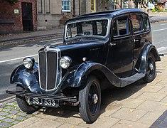 1937 Morris Eight Series I 4-door saloon 900cc Front.jpg