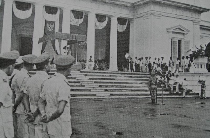 Berkas:1959 Decree 1.jpg