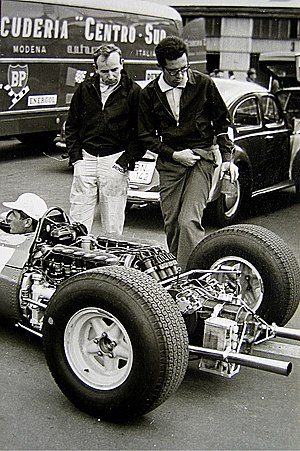 John Surtees - Surtees (left) and Mauro Forghieri in 1965