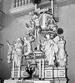 19860808035NR Carlsfeld (Eibenstock) Dreifaltigkeitskirche Altar.jpg
