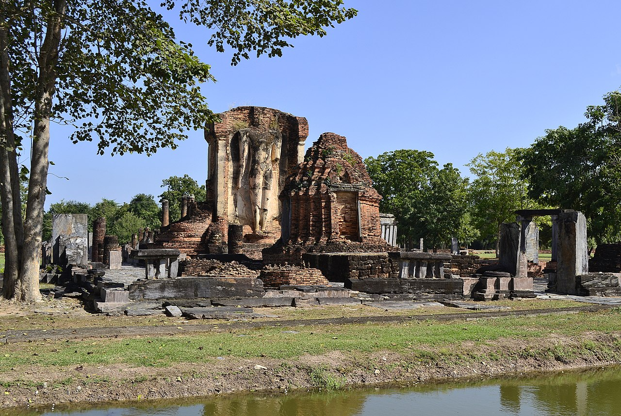 File:201312161347c Sukothai, Wat Chetuphon.jpg - Wikimedia ...