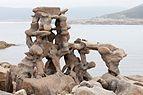 2016 Escultura de Manfred Gnädinger. Camelle. Galiza.jpg